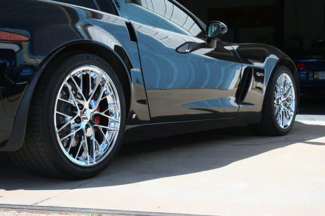 ZR1 Style Wheels in Chrome on Black Corvette
