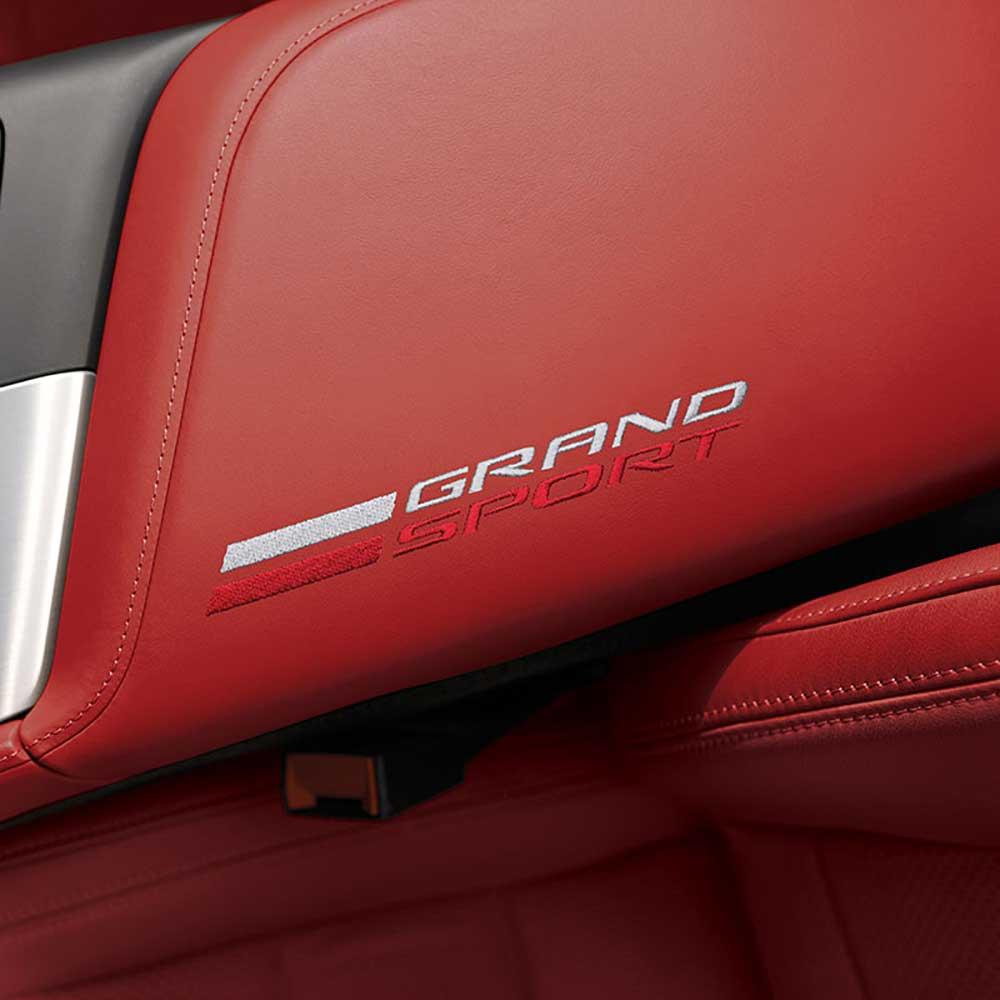GM C7 Grand Sport center console lid - adrenaline red - 84179899
