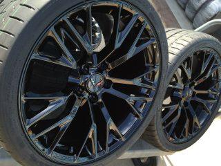 C7 Z06 GM Black Wheel Tire Package-2