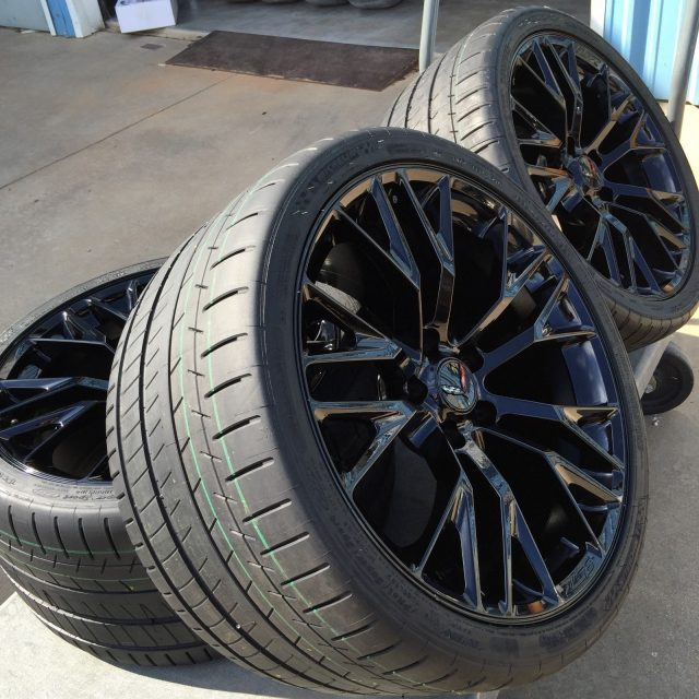 C7 Z06 GM Black Wheel Tire Package-5