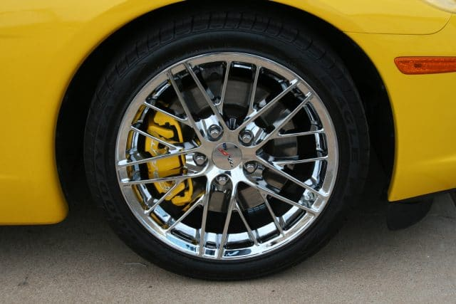 ZR1 Style Wheels in Chrome on Yellow Corvette
