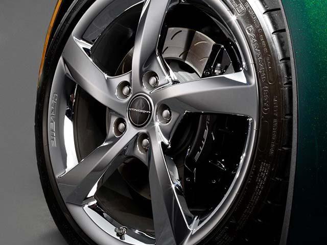 "GM ""Premiere Edition"" Front Wheel Closeup"