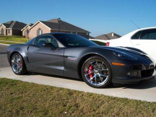 Z06 Spyder Wheels in Chrome on Dark Gray Corvette